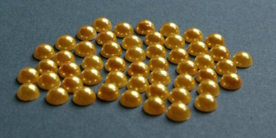ME773, 5mm Amber Flat Backed Pearls, Pack of 50